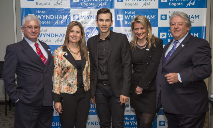 Pictured, from left to right: Guillermo Galvis, Manager of Hotel Wyndham Bogotá Art; Claudia Piña, Manager of Development for Colombia for Wyndham Hotel Group; Colombian professional golfer Camilo Villegas; Denise Walti, Manager of Hotel TRYP by Wyndham Bogotá Embajada; Luis Fernando Correa, Owner and hotel developer in Colombia