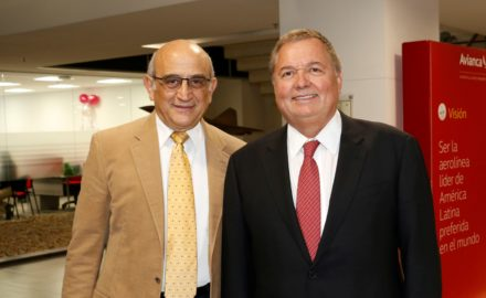Avianca Chairman Germán Efromovich (left) and new President Hernán Rincón Kingsland Holdings Roberto Kriete