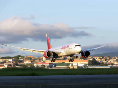 avianca colombia europe boeing dreamliner