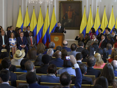 President Juan Manuel Santos gives a speech at Casa de Nariño in Bogotá introducing justices for the Special Jurisdiction for Peace, or JEP. (Credit: Presidencia de la República)
