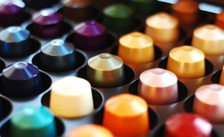 nespresso cups (Photo credit: AJEL / Pixabay)