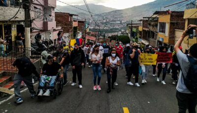 Headline photo: Peaceful protesters in the Medellín neighborhood of San Javier (photo: Julian Padierna)